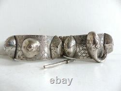 Beau And Lourd Bracelet Ancien In Argent Massif Inde Tribal Art 179 Grams