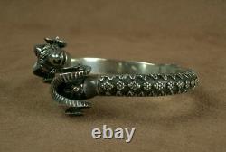 Bel Important Ancient Silver Bracelet Massive Belier Heads