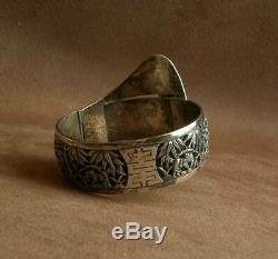 Important Old Cuff Bracelet In Sterling Silver & Stone China Indochina