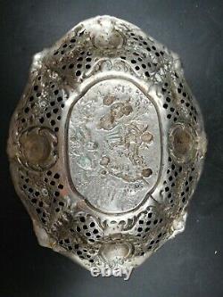 Magnific Ancien Plat Scissored Silver Display Massif Manufacture German