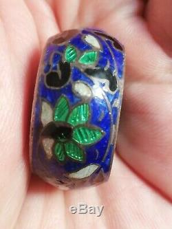 Old Pillbox Cloisonné Enamel And Silver