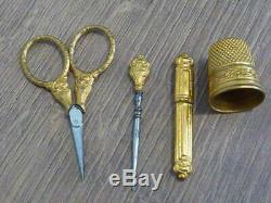 Old Sewing Kit Embroidery Pearl Royal Palace No Silver