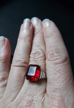 Pretty Antique Solid Silver Ring And Red Stone Rectangular Art Deco Period