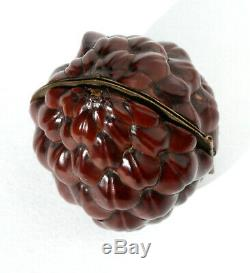 ARGENT Ancien nécessaire de couture miniature Noix Ciseaux walnut sewing etui