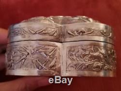 Boîte forme De Coeur Ancienne Chinoise En Argent Massif Art Déco