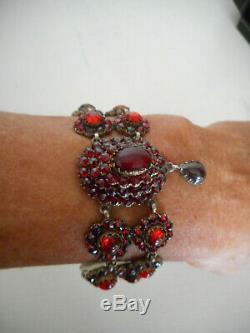 Bracelet Regional Ancien En Grenats De Boheme Sur Argent