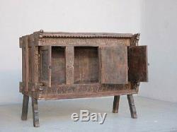 Coffre bois sculpté éléments anciens