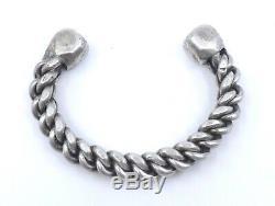Lourd bracelet ethnique ancien en argent massif Berbère 120g
