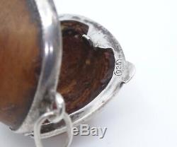 Originale petite boite ancienne noisette cerclage argent massif pendentif