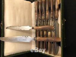 SERVICE COUTEAUX ANCIEN CORNE ARGENT MASSIF lames ouvragées modele chasse