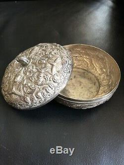 XIX Inde Superbe Boite Ancienne Argent 240 gr. Déesse Lakshmi, Lotus, éléphant
